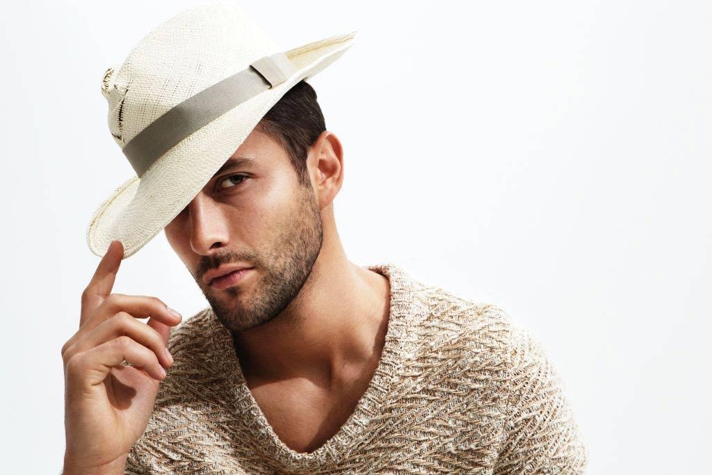 Noah-Mills-most attractive men