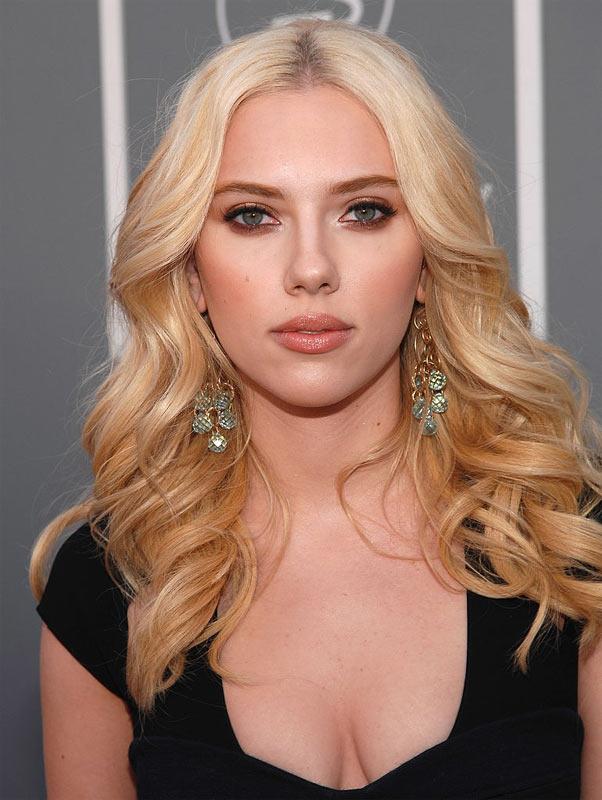 top hollywood actress Scarlett-Johansson