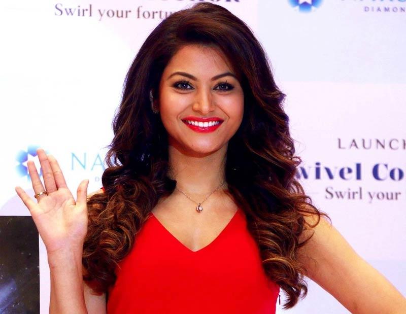 bollywood actress Urvashi-Rautela